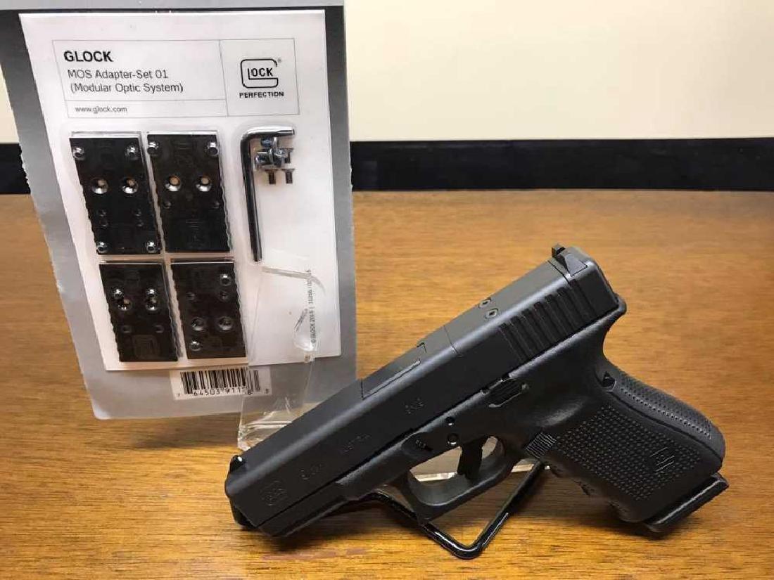 Glock 19 MOS Gen 4 9mm 3 mags. - 4