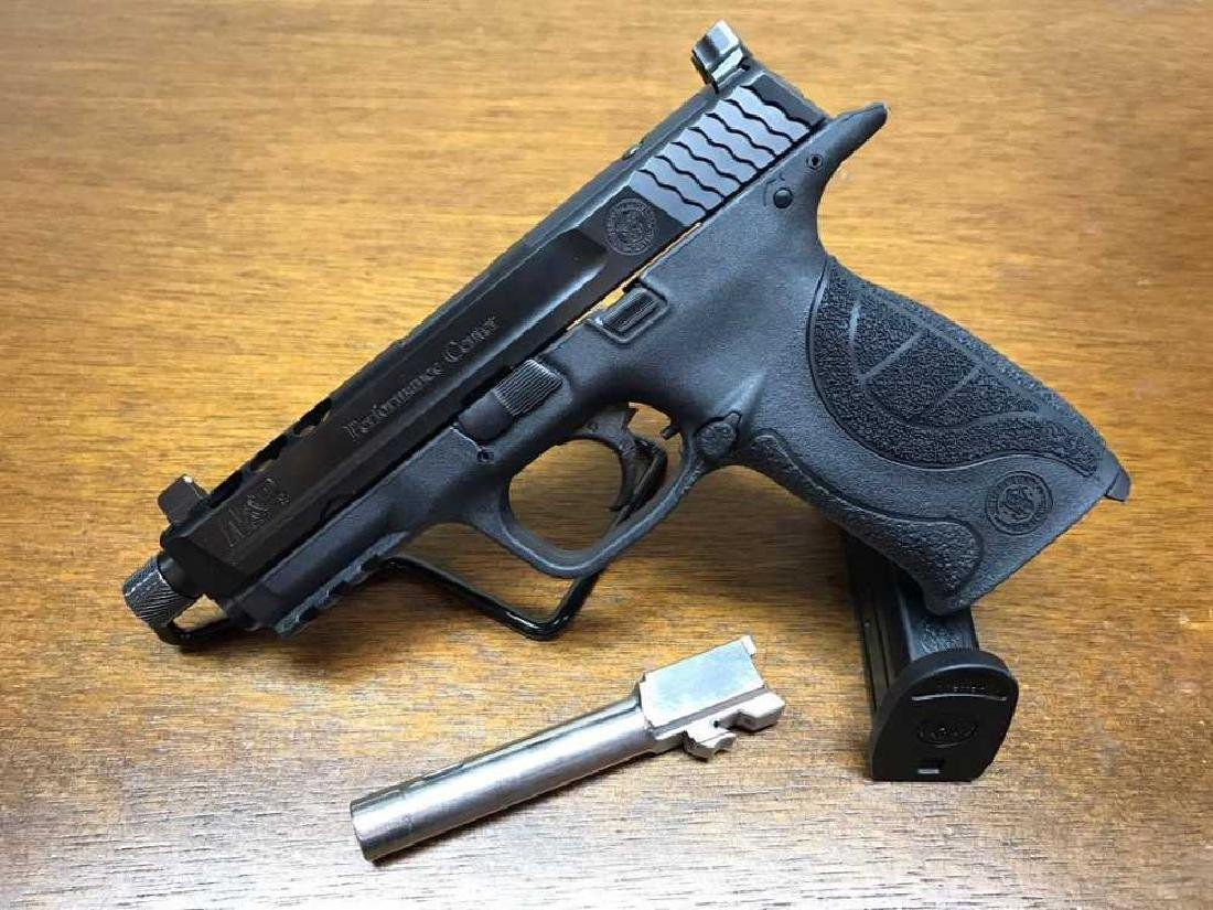 Smith & Wesson M&P Preformance Center 9mm CUSTOM