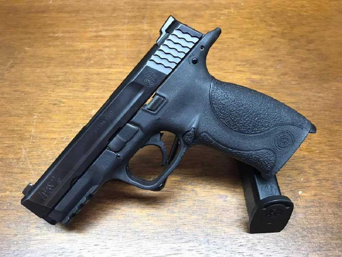 "Smith & Wesson M&P 40 Pistol 4 1/4"" Barrel  Pre Owned"