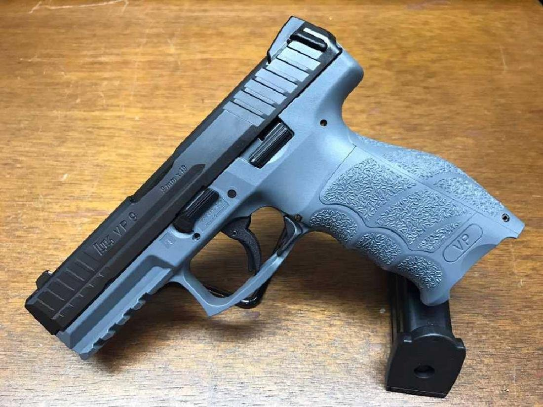 H&K Gray VP9 chambered in 9mm with 2 mags