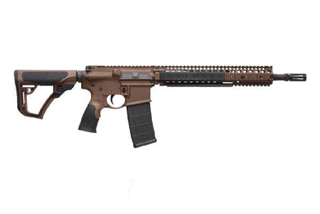 Daniel Defense Rifle: Semi-Auto M4A1 Series 5.56
