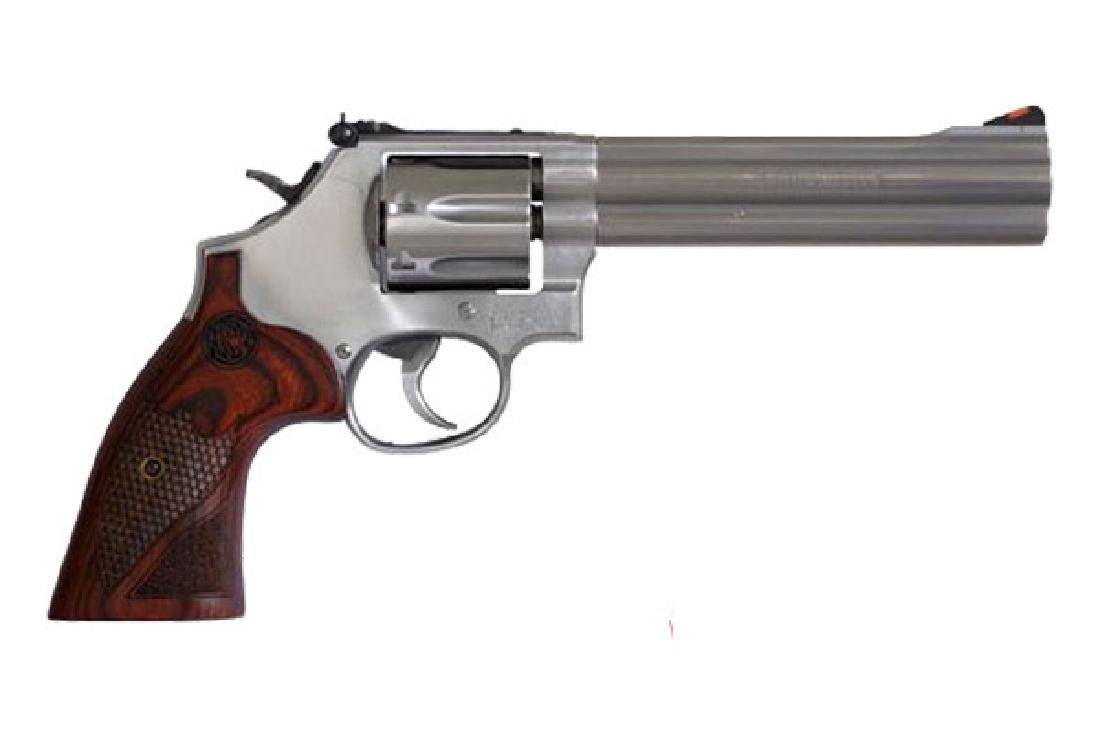 Smith & Wesson Revolver: Double Action 686|686 Plus