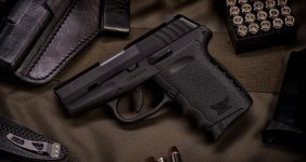 Sccy Black 9mm Semi Auto Pistol 2 Mags