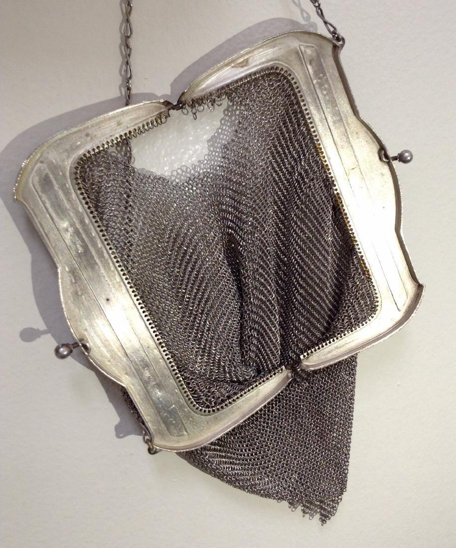Vintage Whiting and Davis Mesh Handbag - 3