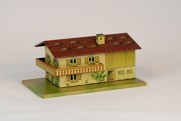 533: Two-story Cottage w/balcony Tin bank