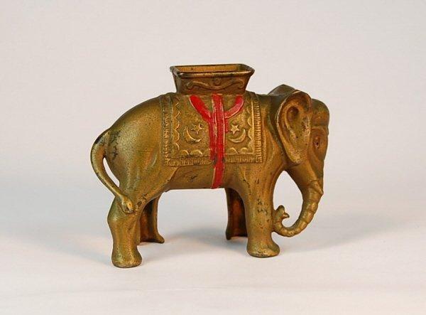 543: Large Elephant w/howdah Cast Iron bank