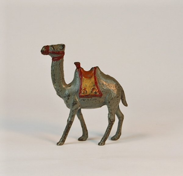 544: Small Camel Cast Iron bank