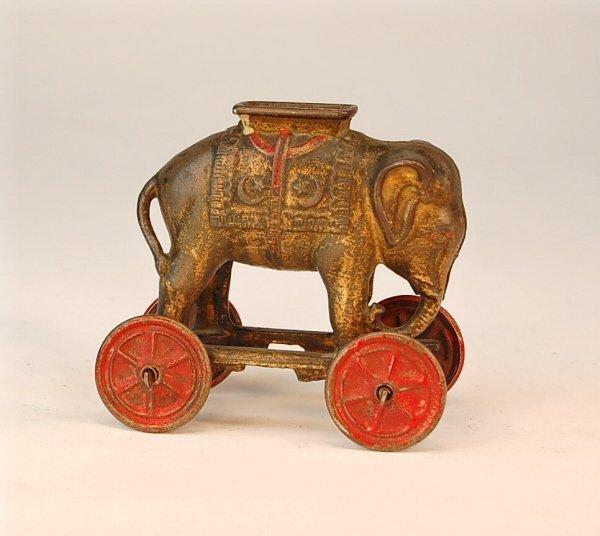 546: Eephant on Wheels bank