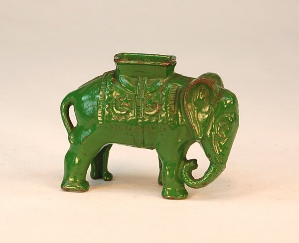 550: Medium Elephant with Howdah bank