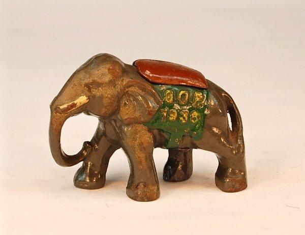 """733: """"GOP 1936"""" Elephant with Blanket bank"""