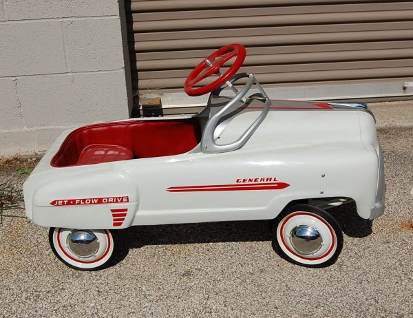 "406: ""General  Jet-Flow Drive"" restored pedal car"