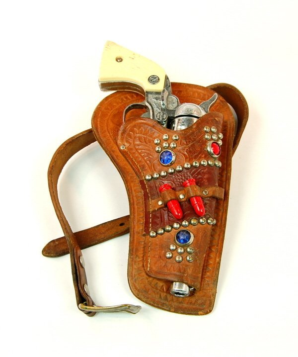 "422: ""Stallion 38"" cap pistol in Holster"