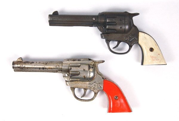 15: Lot of 2 Gene Autry Cap Guns