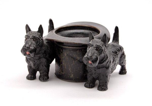 412: Two Scotties at Hat bank
