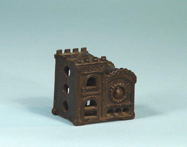 419: Rose Window Cast Iron Building Bank