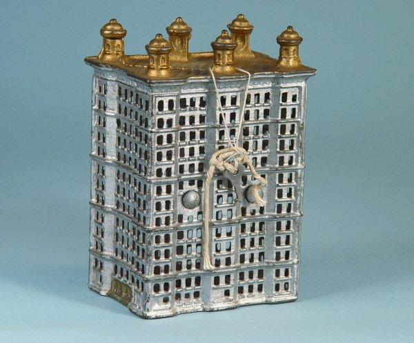 422: 6-post Skyscraper Cast Iron Building Bank