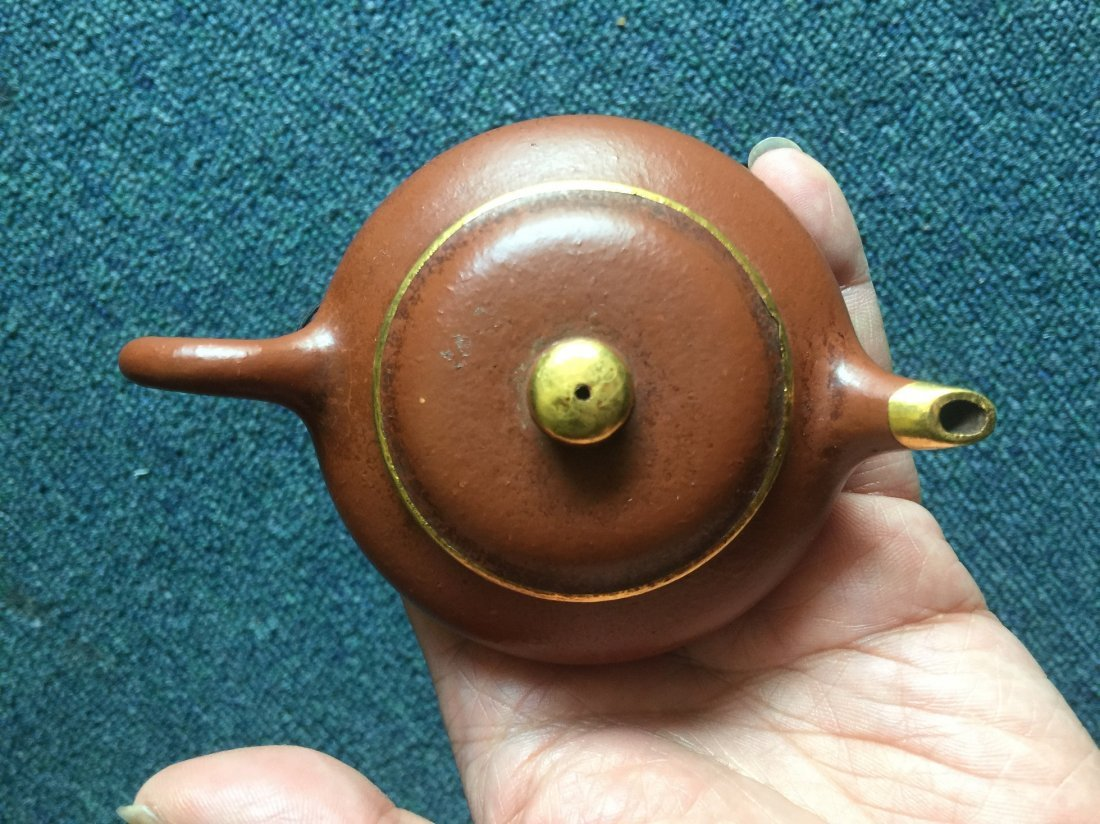 QING DYNASTY CLAY TEAPORT WITH GOLDEN - 3