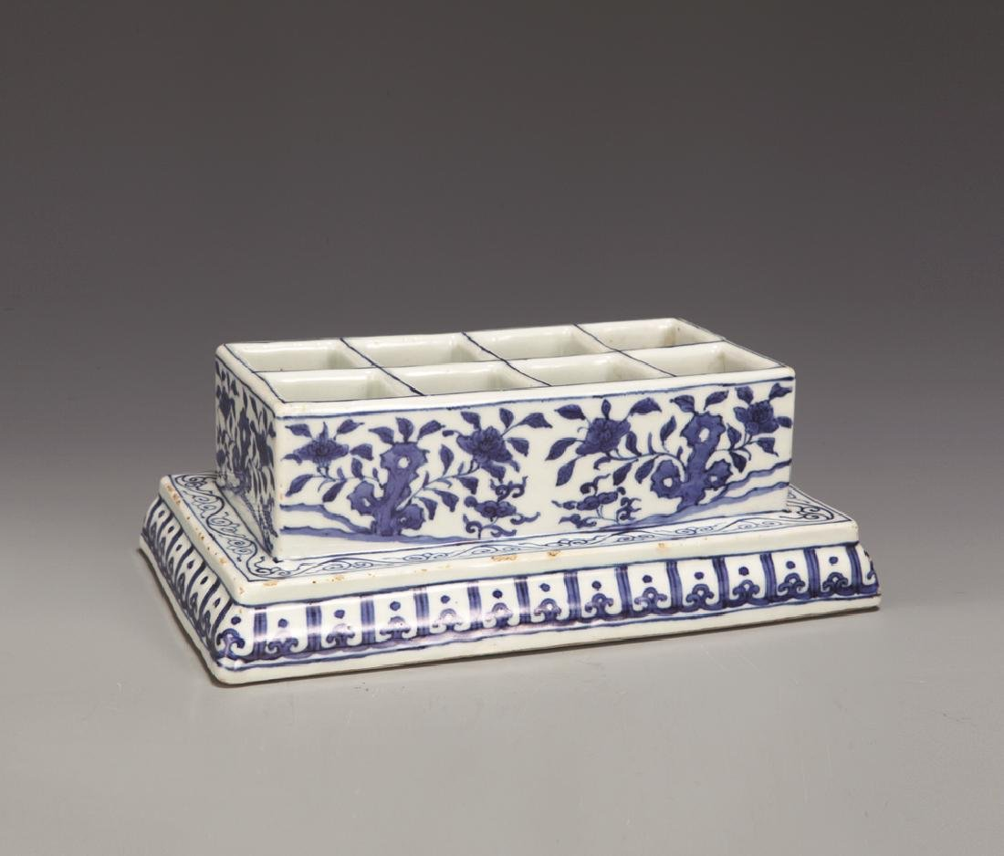 BLUE & WHITE FLOWER BOX WITH MING JIA JING MARK