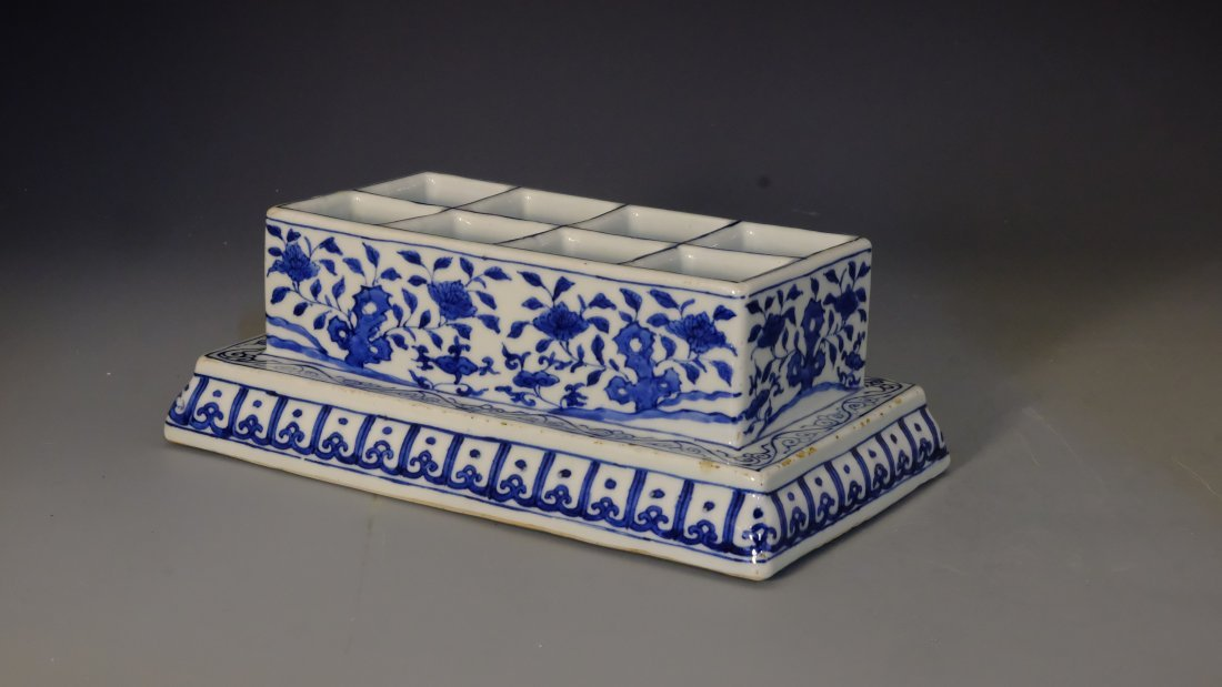 BLUE & WHITE FLOWER BOX WITH MING JIA JING MARK - 3