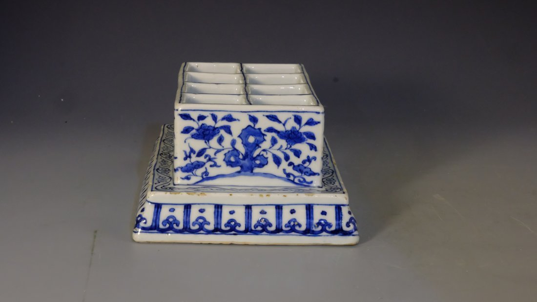 BLUE & WHITE FLOWER BOX WITH MING JIA JING MARK - 4