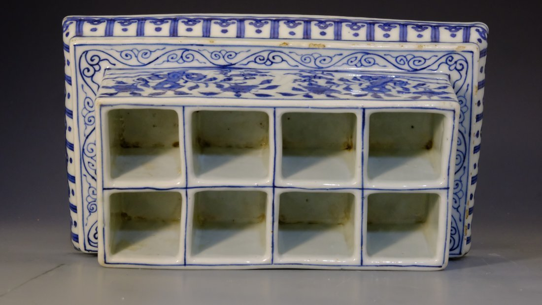 BLUE & WHITE FLOWER BOX WITH MING JIA JING MARK - 6