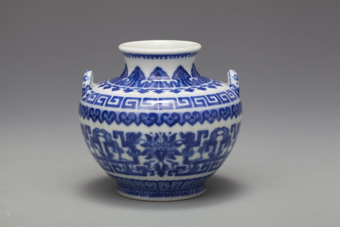 QING QIANLONG BLUE & WHITE DRAGON VASE - 3
