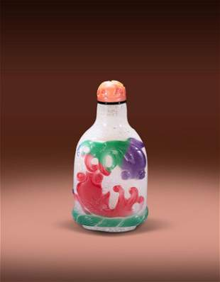 A Glass Five Color Fish Snuff Bottle Qing Qianlong