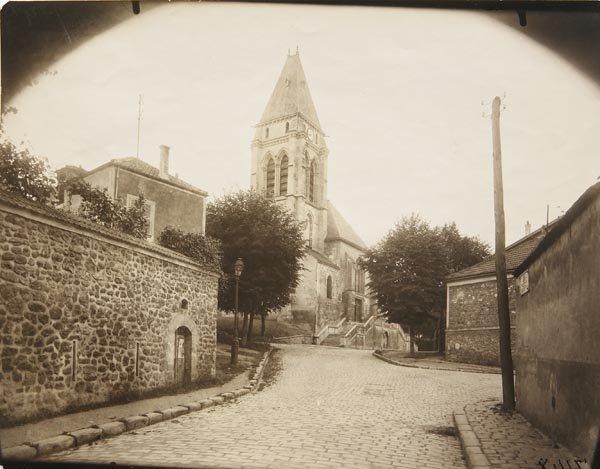 76:  EUGÈNE  ATGET  1857-1927  Eglise, circa 192