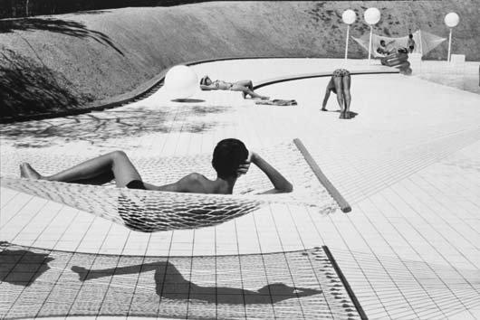 1018: MARTINE FRANCK, b. 1938