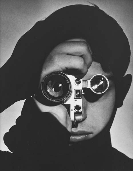 308: ANDREAS FEININGER, 1907-1999 The Photojournalist (