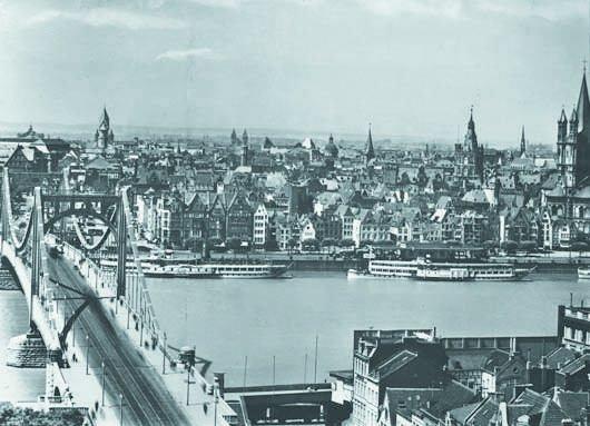 108: AUGUST SANDER, 1876-1964 Koln wie es war -- Rheinf
