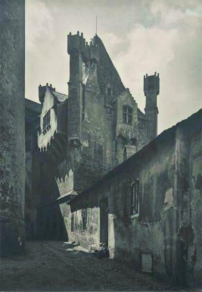 111: JOSEF EHM, 1909-1989 Street scene, CSSR, 1949 Gel