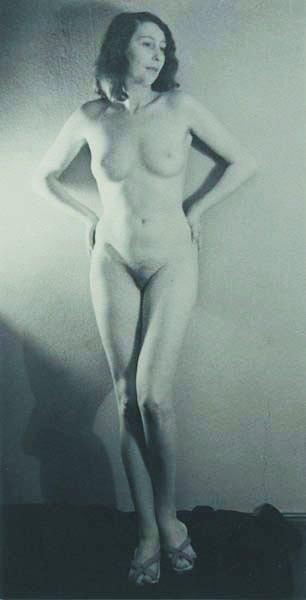 120: RAOUL HAUSMANN, 1886-1971 Heta Hausmann, circa 193
