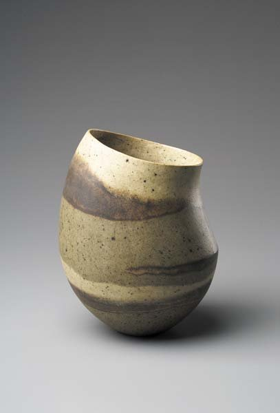 "11: JENNIFER LEE, b. 1956 ""Speckled olive, dark band, t"