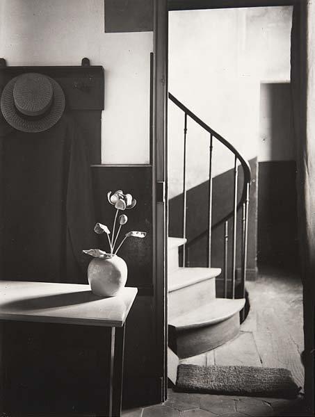 1004: ANDRE KERTESZ, 1894-1985 Chez Mondrian, 1926 Gela