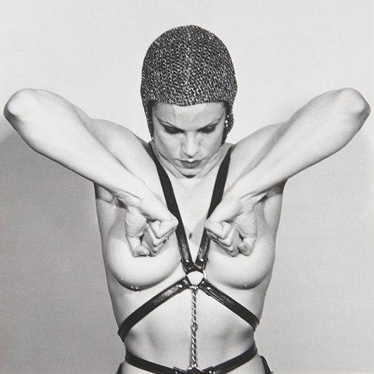 4: ROBERT MAPPLETHORPE, Lisa Lyon, 1981