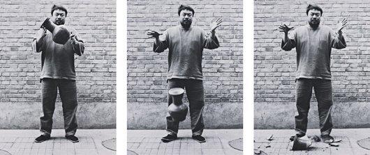 21: AI WEIWEI, Dropping a Han Dynasty Urn, 1995