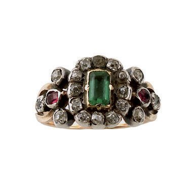 1:  A REGENCY EMERALD AND DIAMOND CLUSTER RING, CIRCA 1