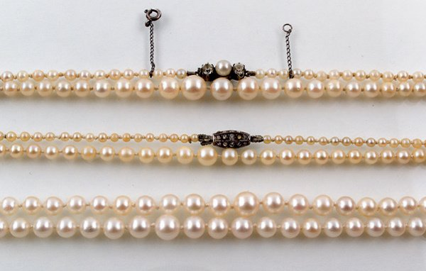 24:  THREE CULTURED PEARL NECKLACES, ONE WITH 3MM TO 7M