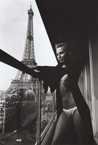 5: HELMUT NEWTON, Hilton Hotel, Paris, 1976