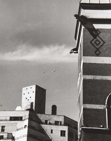 20: ANDRÉ KERTÉSZ, Untitled, 1975