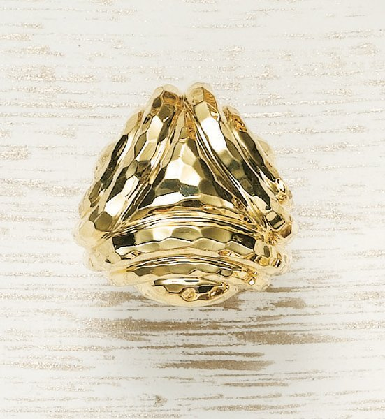 4: HENRY DUNAY, A Yellow Gold Ring