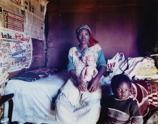 4: ZWELETHU MTHETHWA, Untitled, 1998-1999