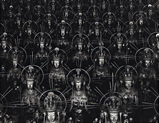 100: HIROSHI SUGIMOTO, Hall of Thirty-Three Bays