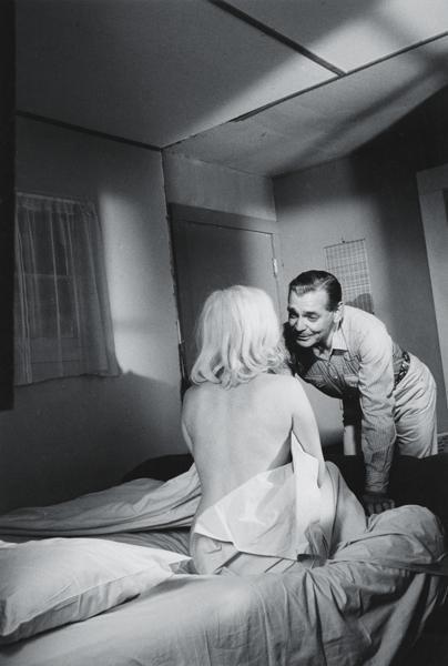 5: INGE MORATH, Marilyn Monroe with Clark Gable on the