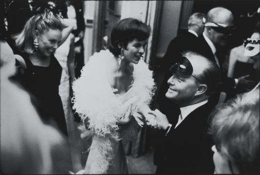 7: ELLIOTT ERWITT, New York City, 1966