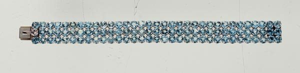 9: AN AQUAMARINE FLEXIBLE LINE BRACELET - GAVELLO
