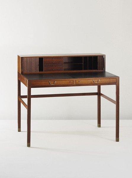 38: OLE WANSCHER, Writing desk, c. 1945