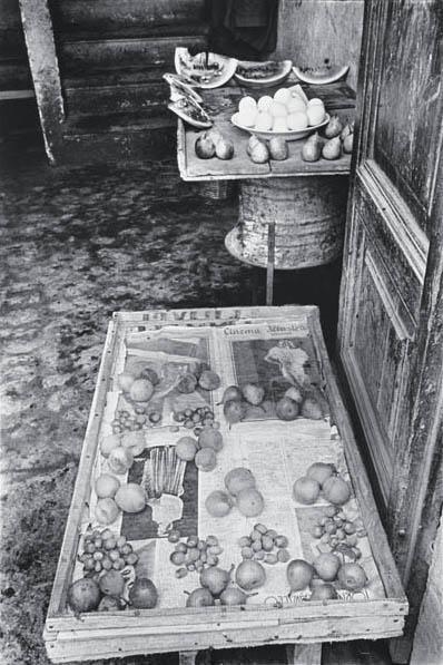 3: HENRI CARTIER-BRESSON, Tivoli, 1933