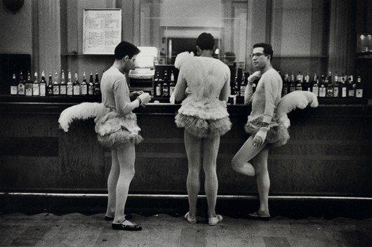 12: ELLIOTT ERWITT, New York City, 1956